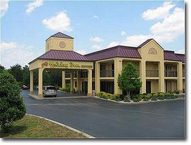 Holiday Inn Express Hotel & Suites - Clinton (I-75 Ext 122 Hwy 61)