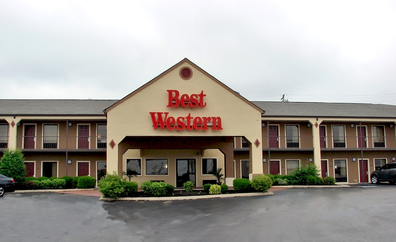 Best Western Carriage House - Jackson