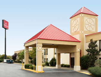 Holiday Inn Express Hotel & Suites - Lavergne